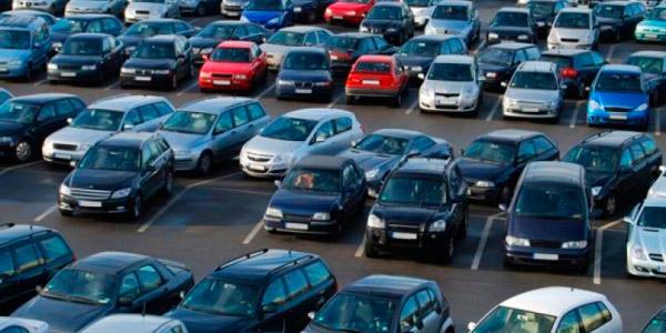 По данным агентства «Автостат» количество автомобилей к 2018 году выросло до 293 на тысячу человек.